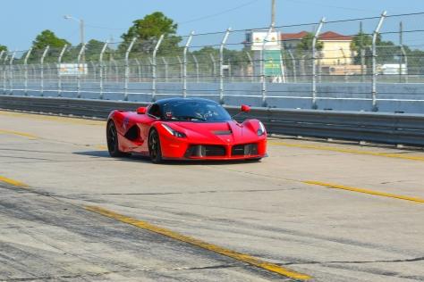 LA_Ferrari_Hunted-0095