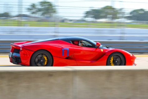LA_Ferrari_Hunted-0167