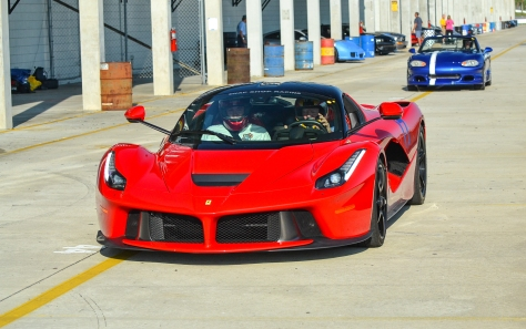 LA_Ferrari_Hunted-2