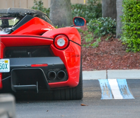 LA_Ferrari_Hunted-3